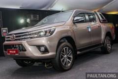 2016-Toyota-Hilux-2-1_BM