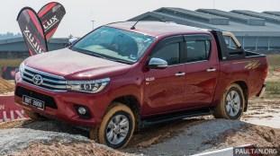 2016-Toyota-Hilux-50