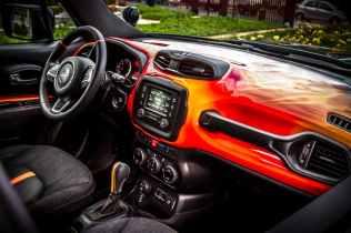2016 Jeep Renegade Hell's Revenge - 4