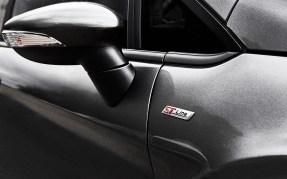 Ford-Fiesta-ST-Line-2