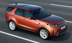 2017-land-rover-discovery-08