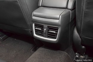 Honda Civic review-int 21