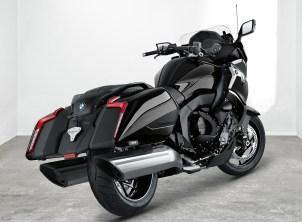 2017-bmw-motorrad-k1600-b-12