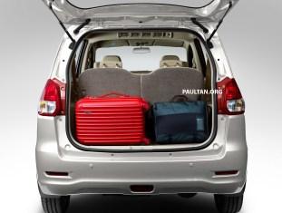 rear-view-white_protonertiga_bm