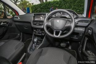 Peugeot208_Puretech_Int-10