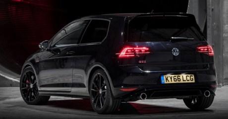 Volkswagen-Golf-GTI-Clubsport-Edition-40-14-e1483061136702-850x446_BM