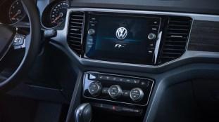 2018-VW-Atlas-R-Line-14-850x478_BM