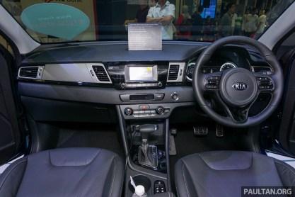 Kia Niro Hybrid SG 12