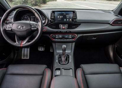 2018 Hyundai Elantra GT-23
