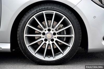 Mercedes-Benz-CLA-200-31