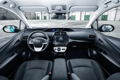 Toyota prius PHV 2017 BM-35