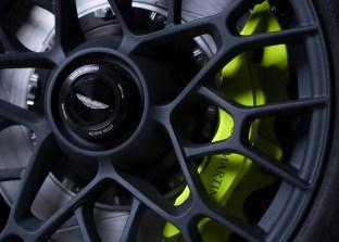Aston-Martin-Vantage-AMR-Pro-14