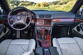 BMW 5 Series E39_12