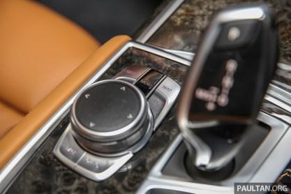 BMW_740Le_xDrive_Int-12