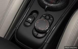 F60 MINI Cooper S Countryman ALL4 review-int 25