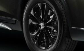 08_New Nissan X-Trail Aero Edition_Gloss Black 5-Spoke 17-inch Alloy Wheel