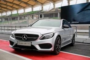 Mercedes_AMG_C43_Sedan_BM_2