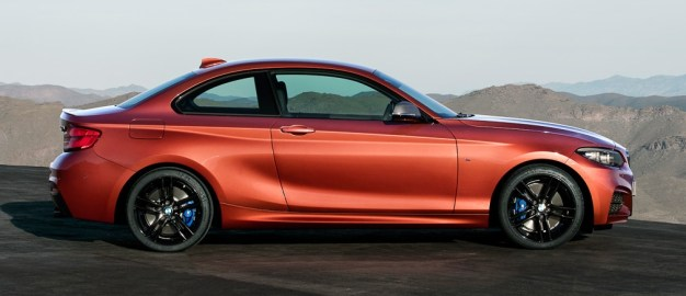 P90258083_highRes_the-new-bmw-2-series BM