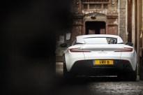 Aston Martin DB11 V8 13