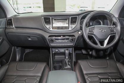 Hyundai_Tucson_Turbo_Int-2