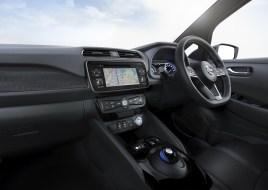 2018 Nissan Leaf-25