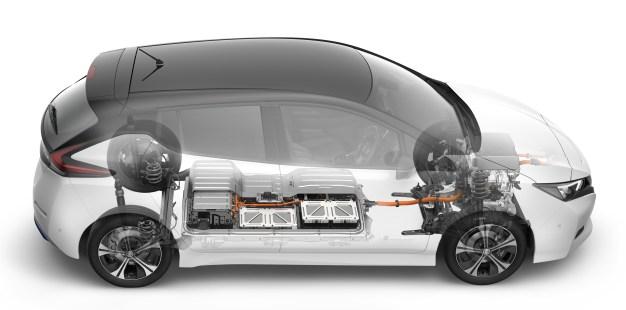 2018-Nissan-Leaf-35 BM