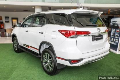 Toyota Fortuner 2.4 TRD 2017_Ext-6 BM
