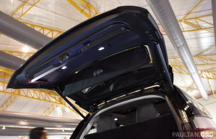 Land Rover Discovery Malaysia preview-7