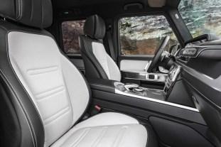 2019-Mercedes-G-Class-Interior-04-BM