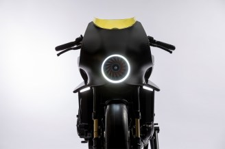 119968_CB4_Interceptor_concept_adds_futuristic_extra_dimension_to_Honda_s_EICMA