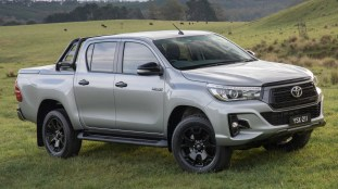 2018 Toyota Hilux Rogue