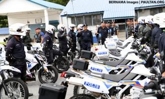Malaysian-Police-Kawasaki-bikes-01