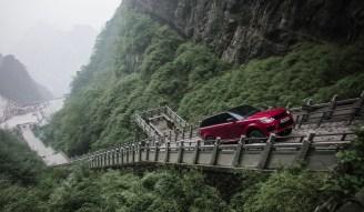 Range Rover Sport PHEV Dragon Challenge-03