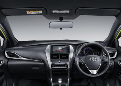 Toyota Yaris Indonesia-08