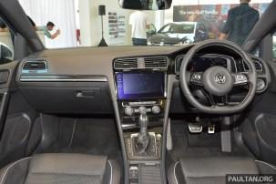 2018 Volkswagen Golf R 27_BM