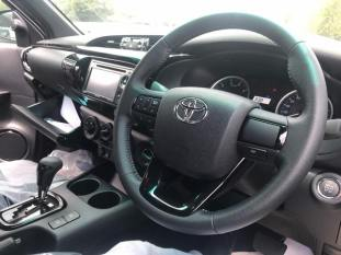 Hilux Facelift Leaked-10