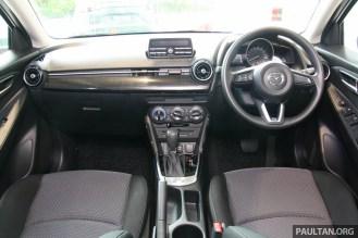 Mazda 2 sedan mid-spec GVC-44