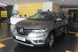 Renault-Wknd-1-BM