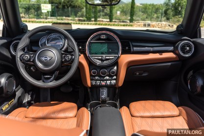 2018 MINI 3 Door Cooper S Drive in Mallorca_Interior