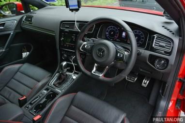 2018-Volkswagen-Golf-Mk7.5-review-12_BM