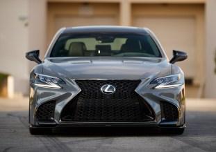 2019_Lexus_LS_Custom_1