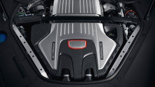 Porsche Panamera GTS 3_BM