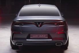 VinFast LUX A2.0 Sedan 12