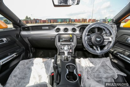 Ford_Mustang_FL_Preview_Int-2_BM