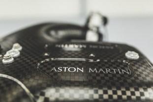 Aston Martin Valkyrie-Cosworth-V12 4