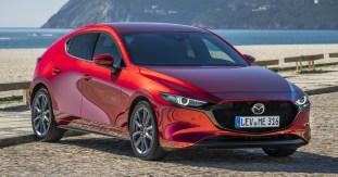 Mazda3_HB_SoulRedCrystal_Still-1