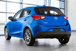 2020 Toyota Yaris Hatchback 2
