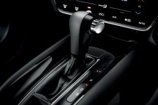 HR-V RS black interior3