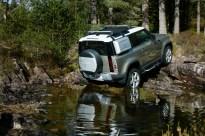 2020-Land-Rover-Defender-90_08_BM