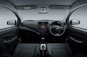 Interior_Dashboard-(1.0L-G)